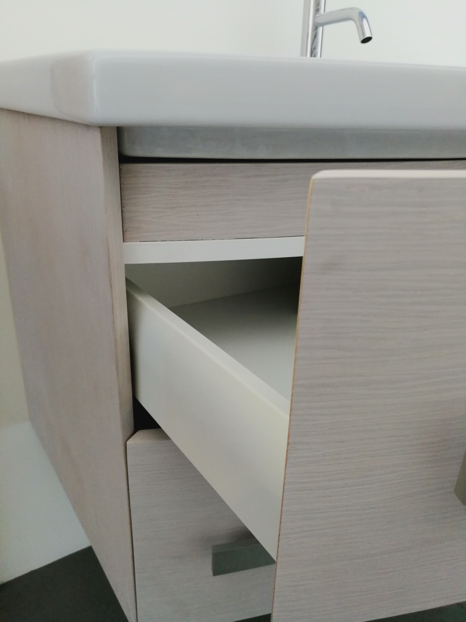 Mobile Bagno Con Base Curva Ideal Ceramiche Fano